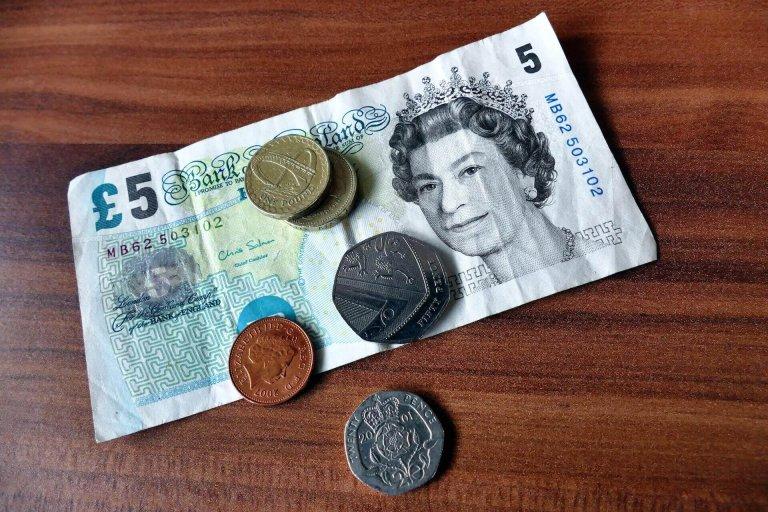 bank-notes-cash-commerce