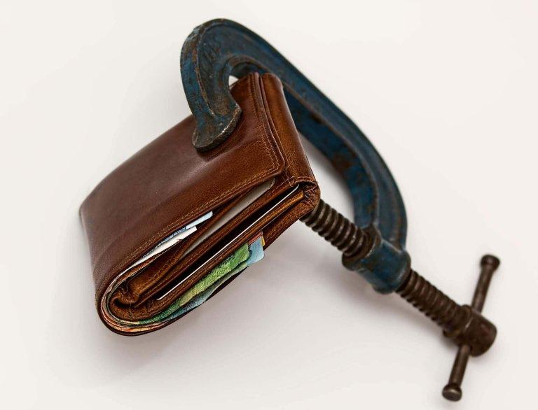 credit-squeeze-1920